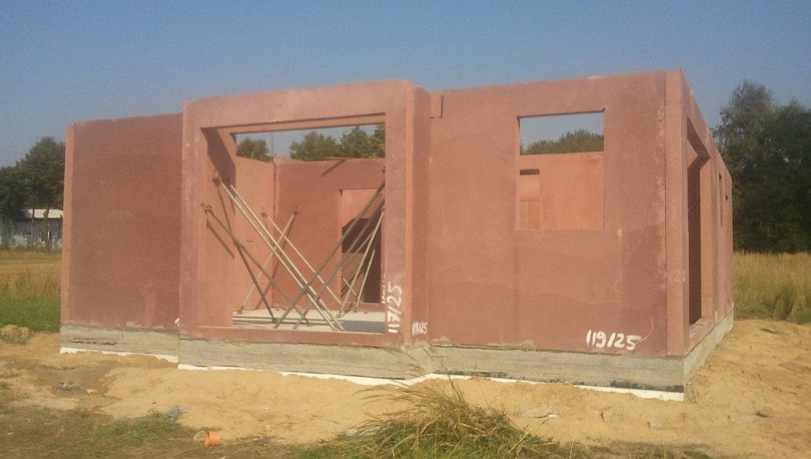 Проект дома для участка с южным въездом