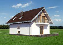 Проект интересного дома с террасой и балконами