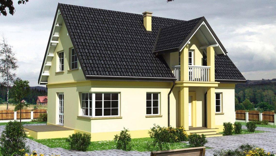 Проект дома с мансардой с балкончиком над крыльцом