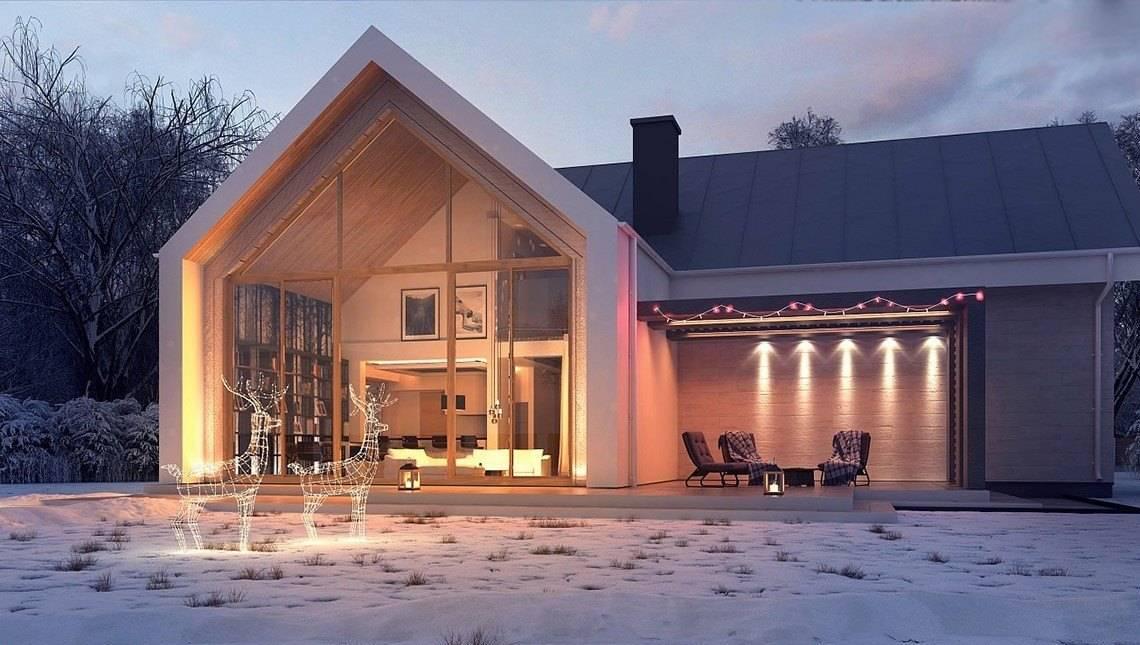 Небольшой двухэтажный дом с панорамным окном в гостиной