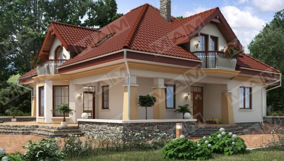 Оригинальный дом с мансардой и красивой террасой