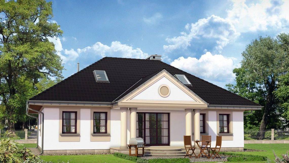 Красивый загородный дом с мансардным этажом и шестью комнатами